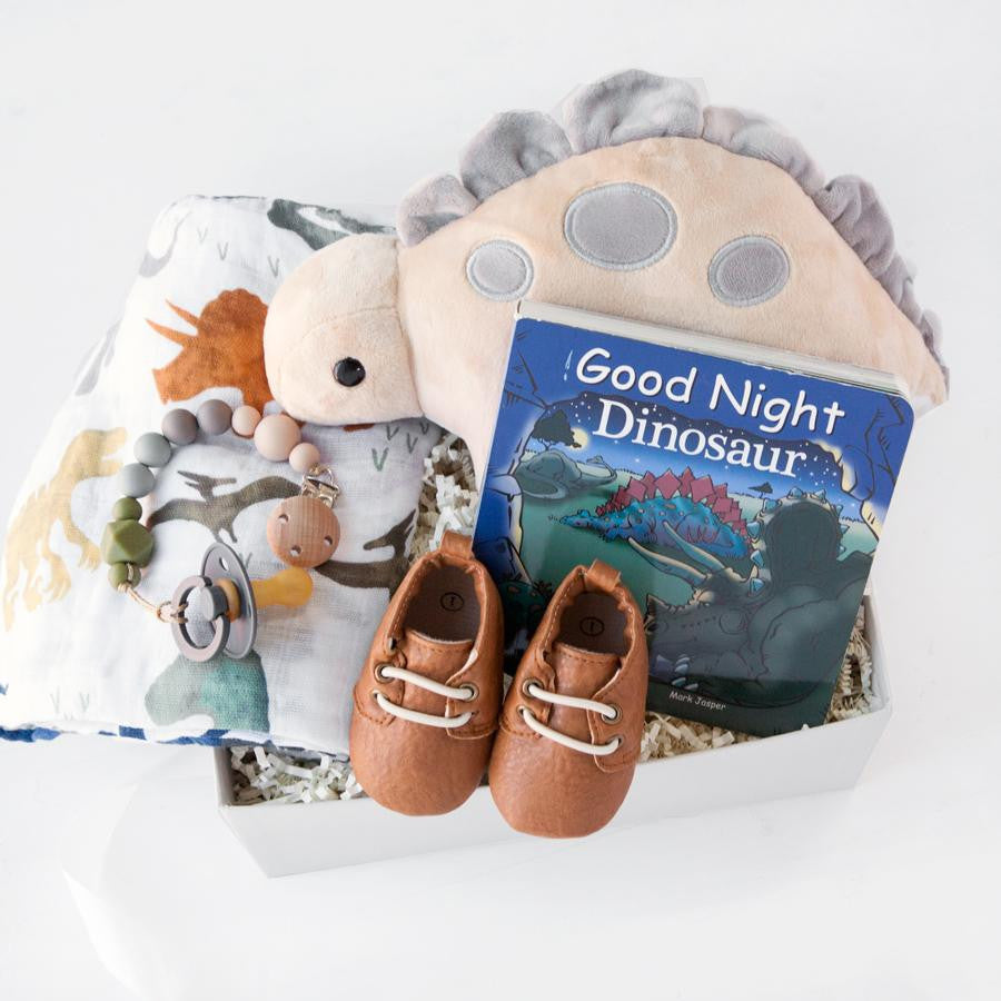 gifts for new moms, baby boy gifts, luxury mom gifts, new mom new baby gift boxes, best gifts for new moms, mom and baby gift set, gift ideas for moms, new baby gift box