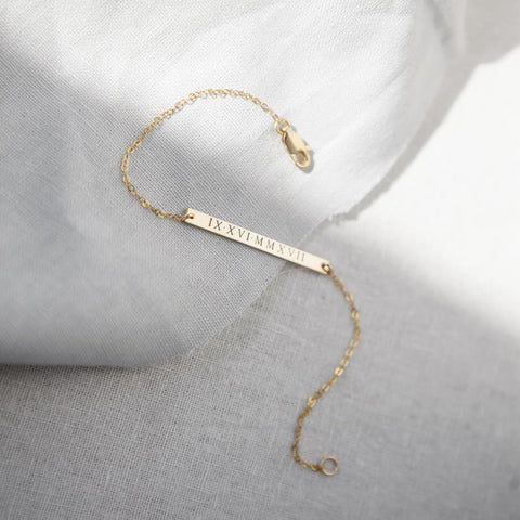 engraved bar bracelet, personalized gold jewelry, custom name plate jewelry, gifts for her, gifts for mom, wife, girlfriend, daughter, sister, unique jewelry gifts, handmade gold jewelry, engraved jewelry, personalized jewelry gifts