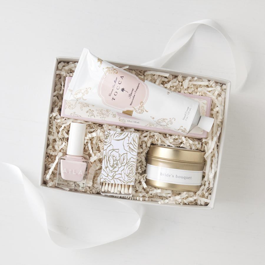bridal gifts, engagement gifts, custom engagement gift box, unique engagement gifts, bridal shower gifts, gift ideas for the bride, bride to be gift set, custom gifts, luxury gift boxes