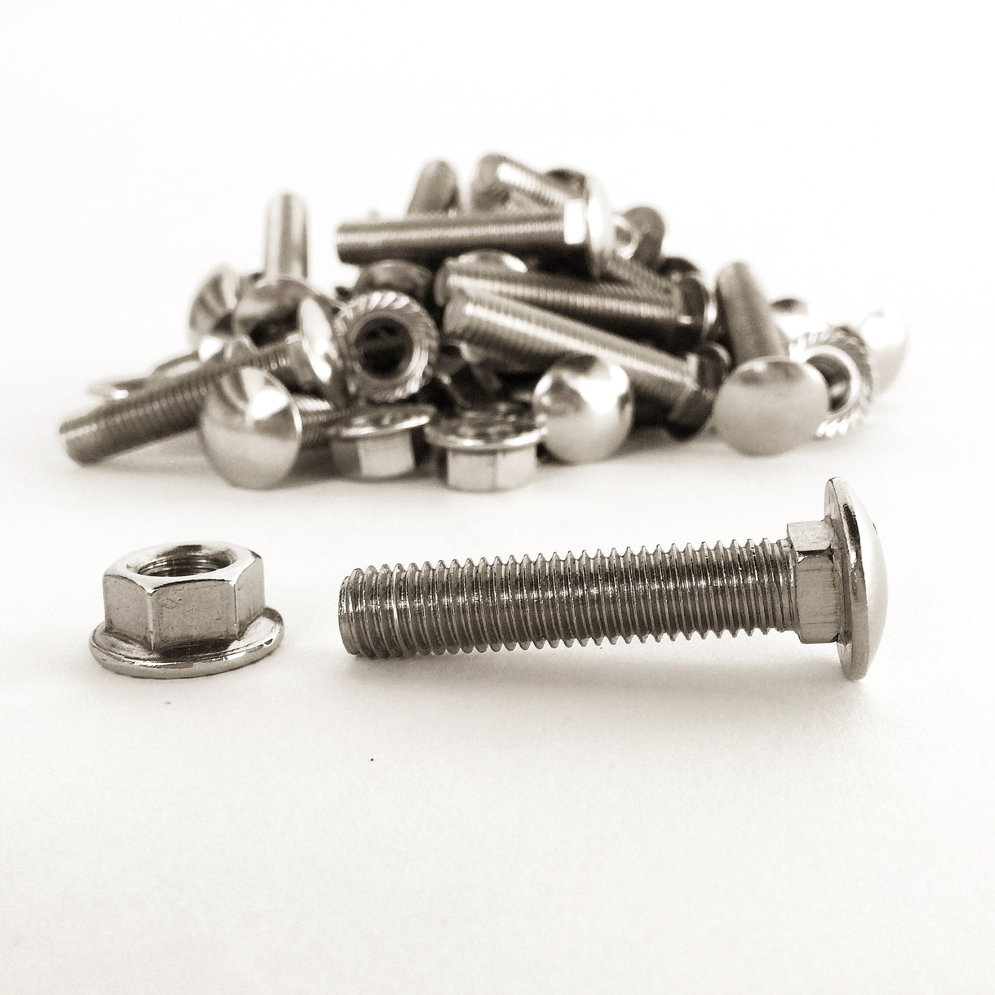 LIFTED EARTH GARDEN BOX HARDWARE - STAINLESS STEEL BOLTS AND NUTS