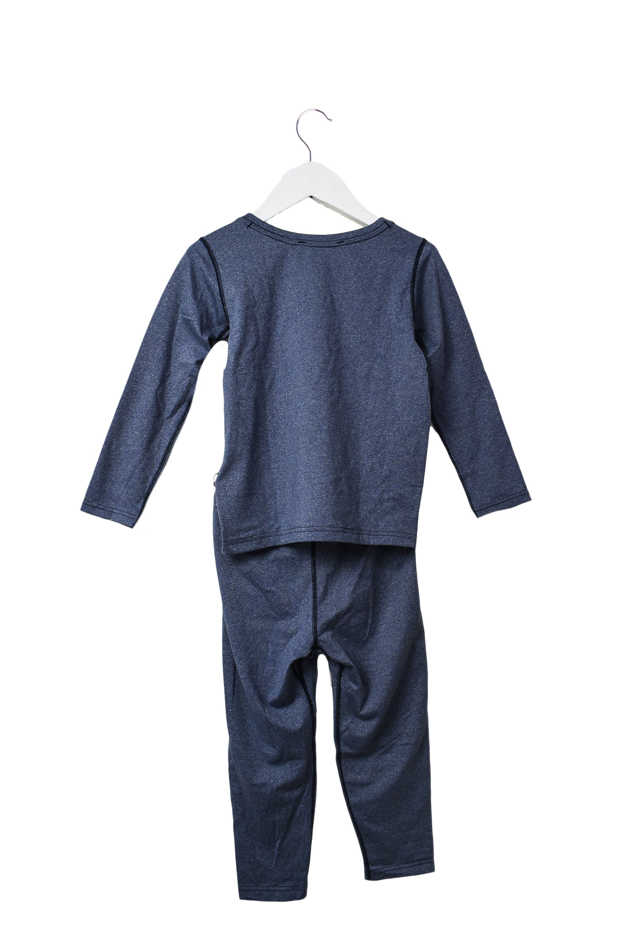 10044315 Patagonia Kids~Base Layer 3T at Retykle