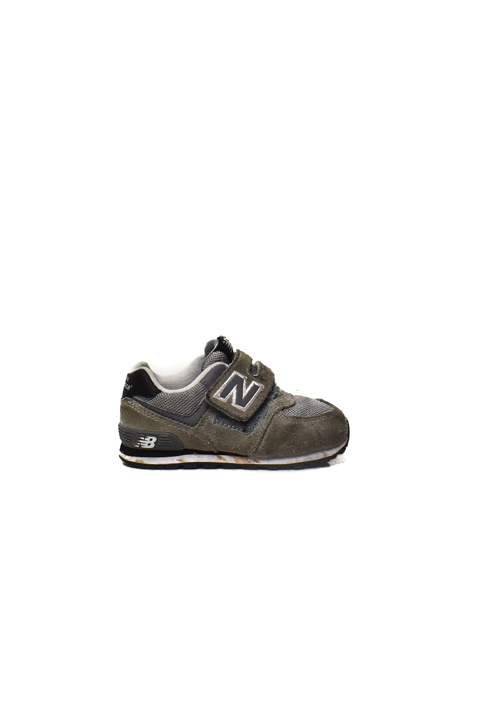 10006950 New Balance Kids~ Shoes EU 24 at Retykle