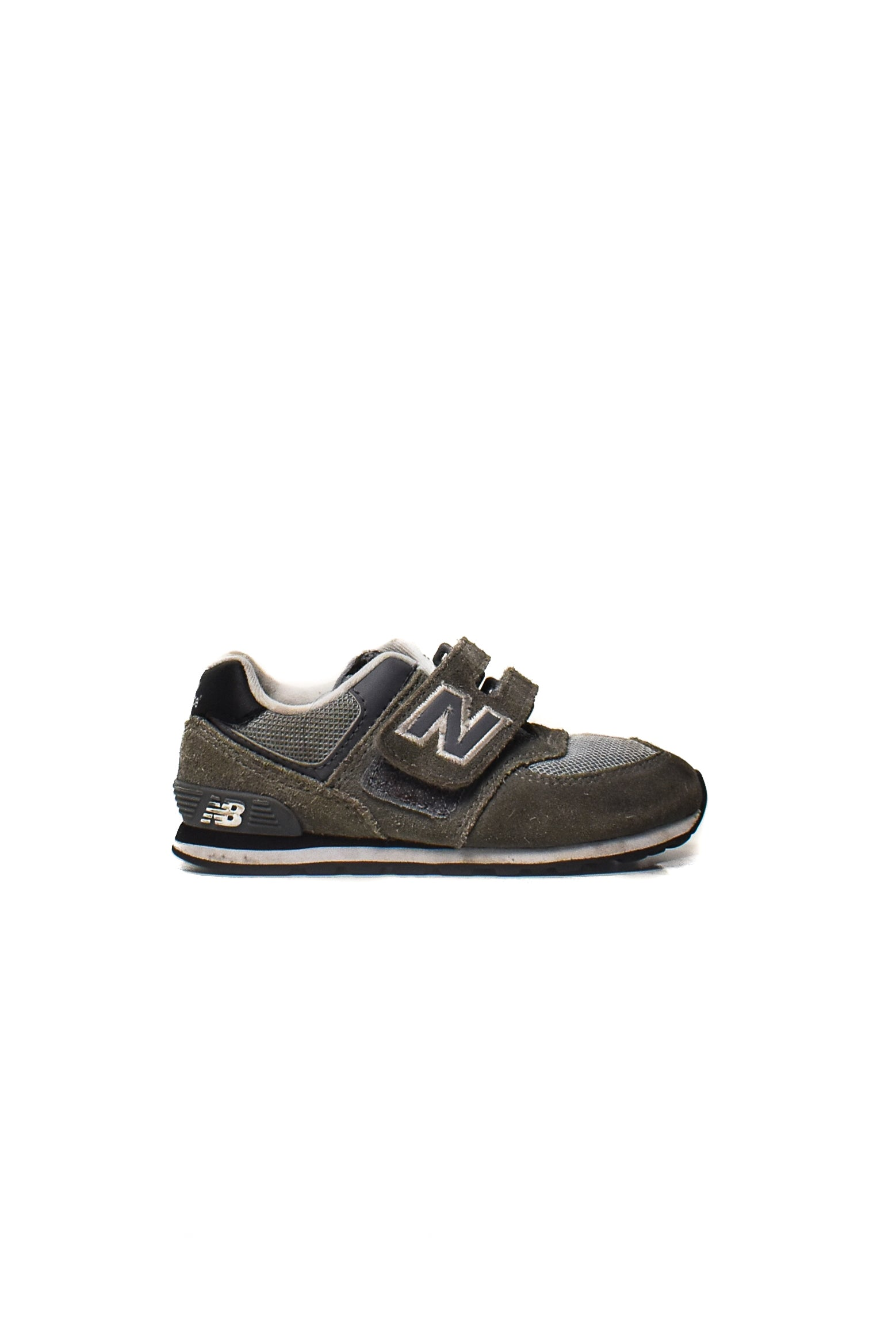 10006953 New Balance Baby~ Shoes EU 22.5 at Retykle