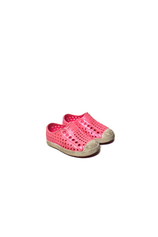 10006958 Native Shoes Baby~ Shoes US 4 at Retykle