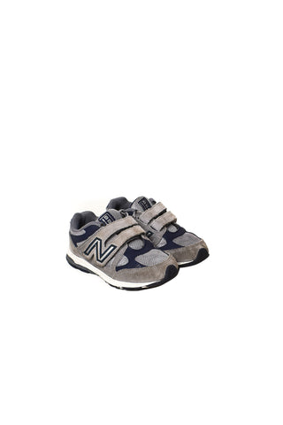 New Balance at Retykle | Online Shopping Discount Baby & Kids Clothes Hong Kong
