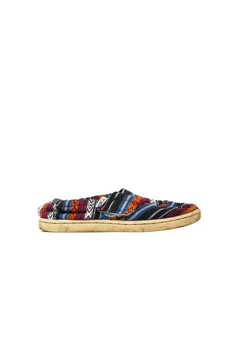 10046182 Toms Kids~Sneakers 3T (US 9) at Retykle