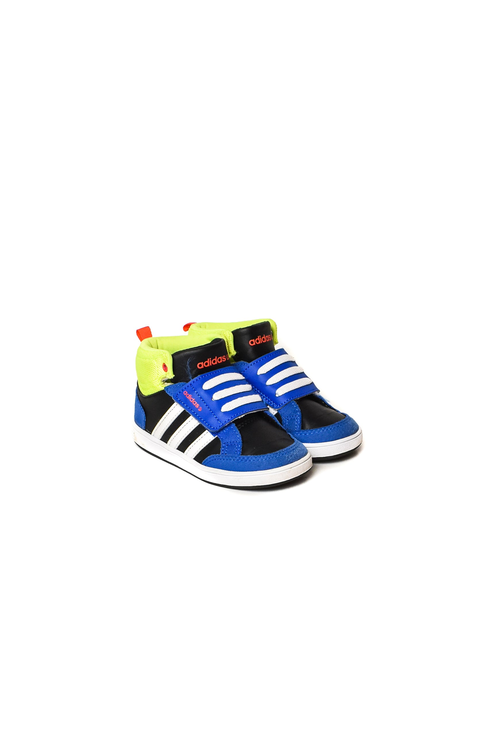 10008520 Adidas Kids~ Shoes 3T (EU 24) at Retykle