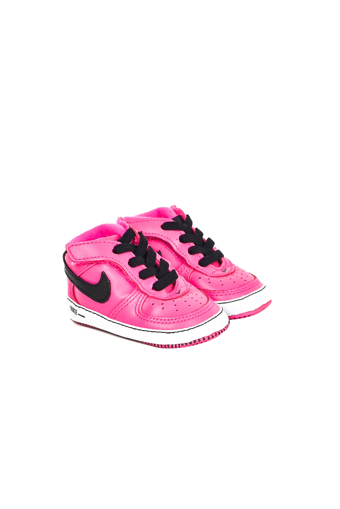 10013474 Nike Baby~Shoes 3-6M (US 2) at Retykle