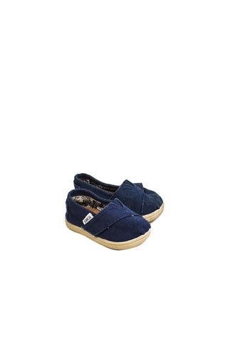 10018375 Toms Baby~Shoes 12-18M (US 4) at Retykle