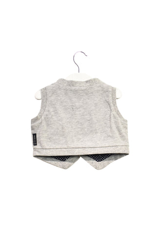 10020260 Armani Baby~Vest 6M at Retykle