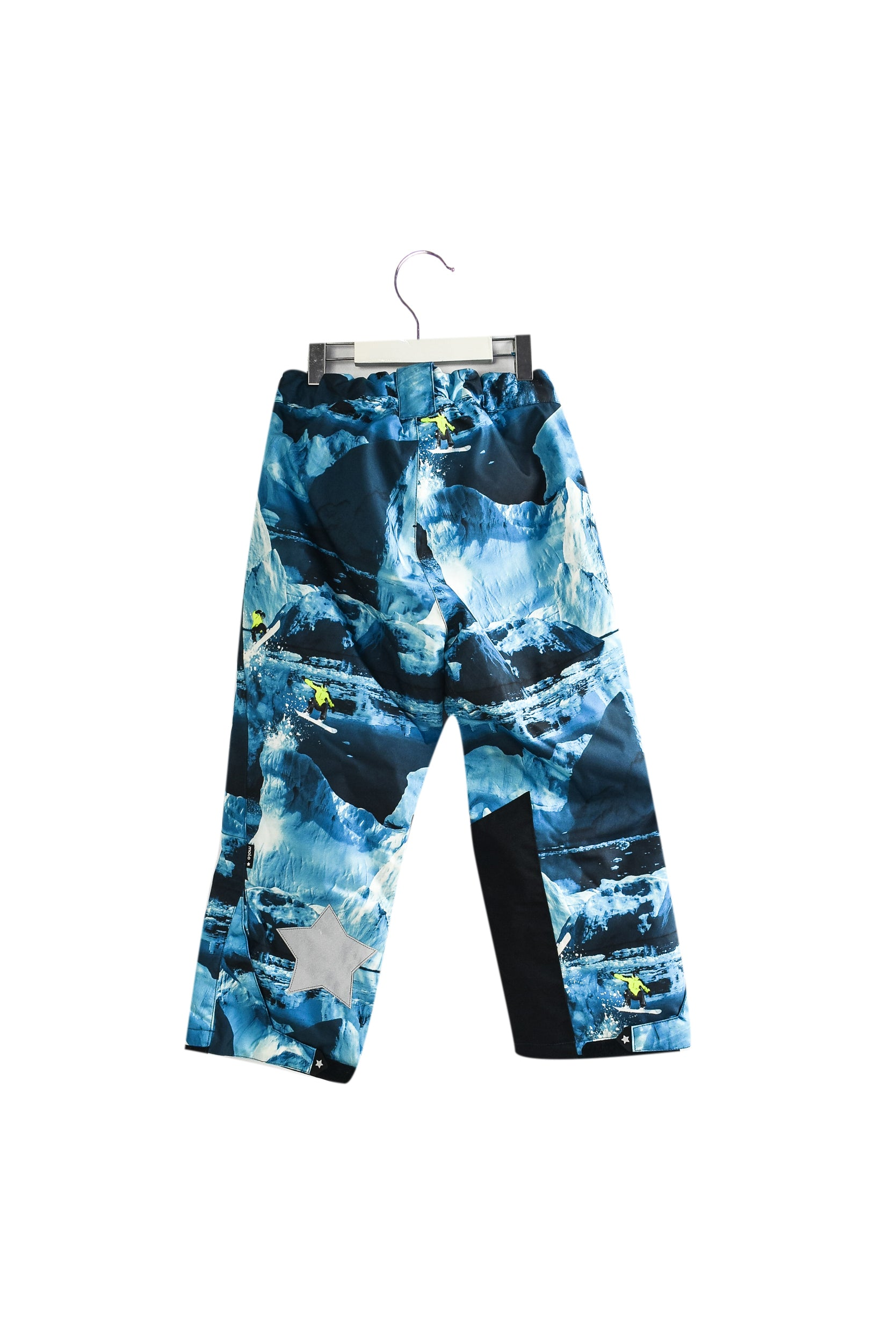 Ski Pants 5T at Retykle