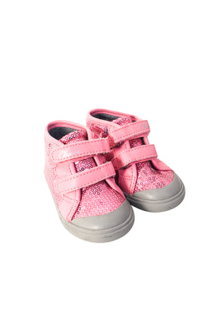 Sneakers 12-18M (EU20) at Retykle