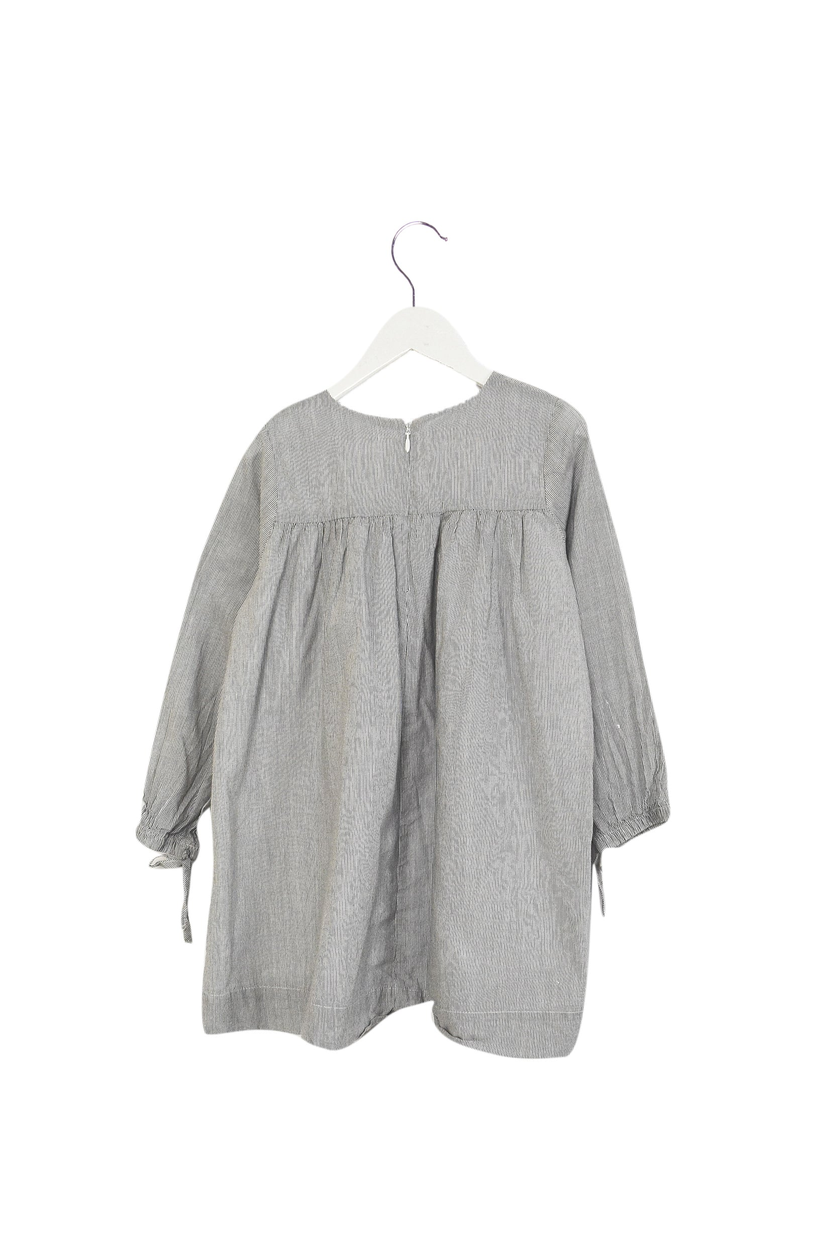 Long Sleeve Dress 5T at Retykle