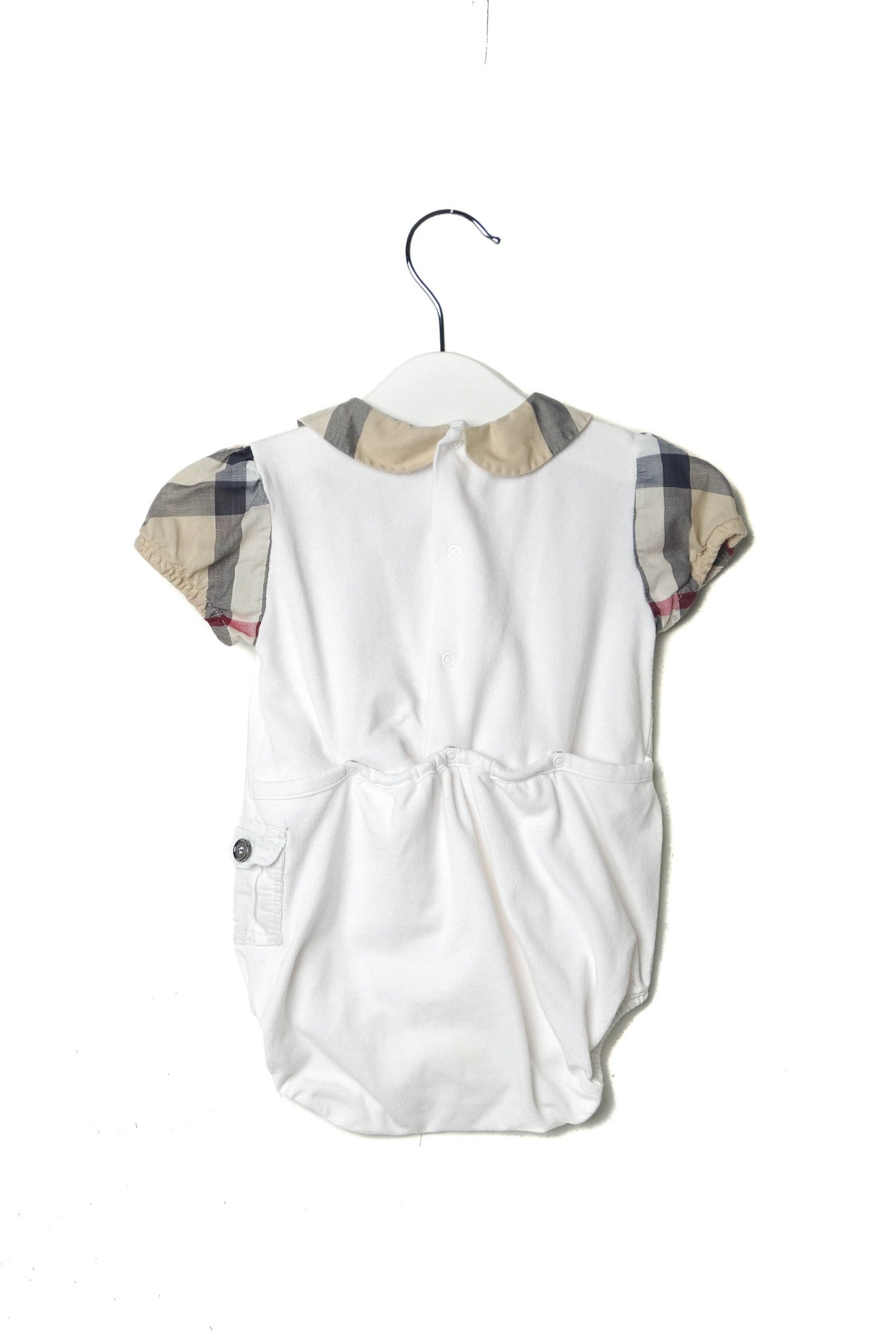 10002393 Burberry Baby~Bodysuit 9M at Retykle