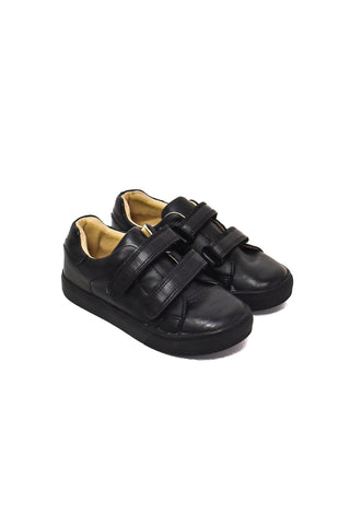 Shoes 5T (US 11C)