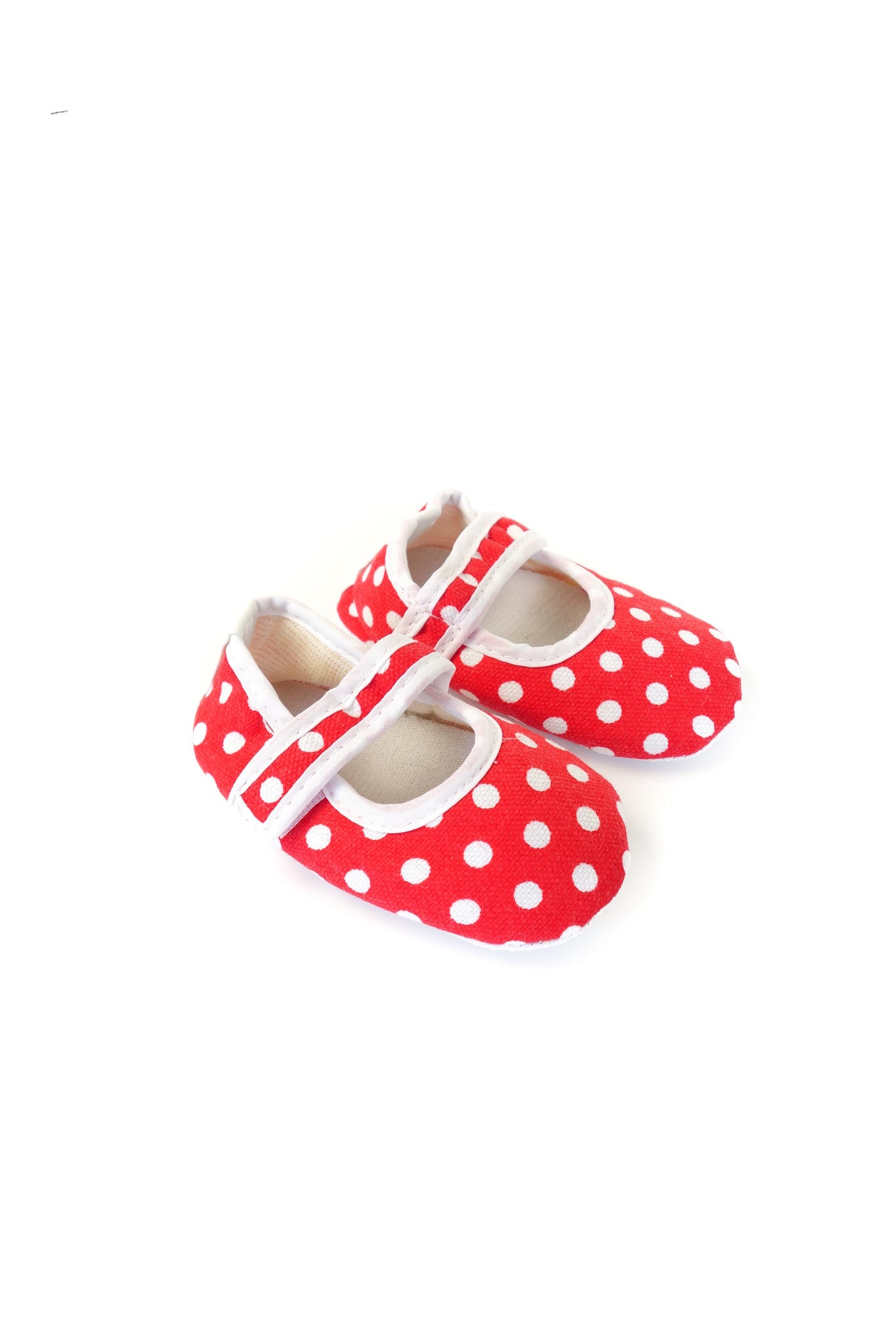 10001698 Organic Family Baby~Shoes 3-6M at Retykle