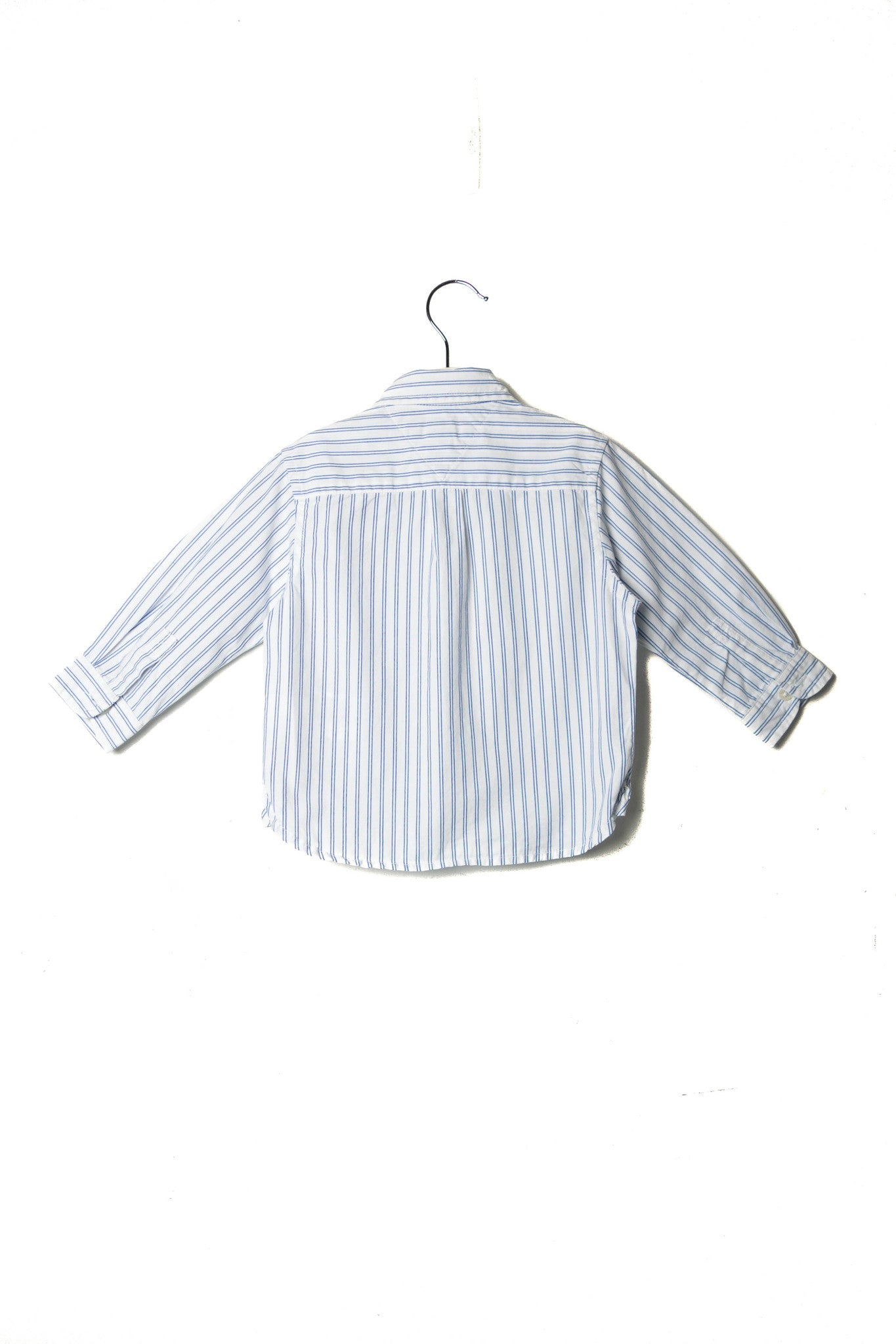 10002319 Tommy Hilfiger Baby~Shirt 12M at Retykle