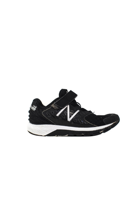 10045880 New Balance Kids~Sneakers 5-6T (EU 29) at Retykle