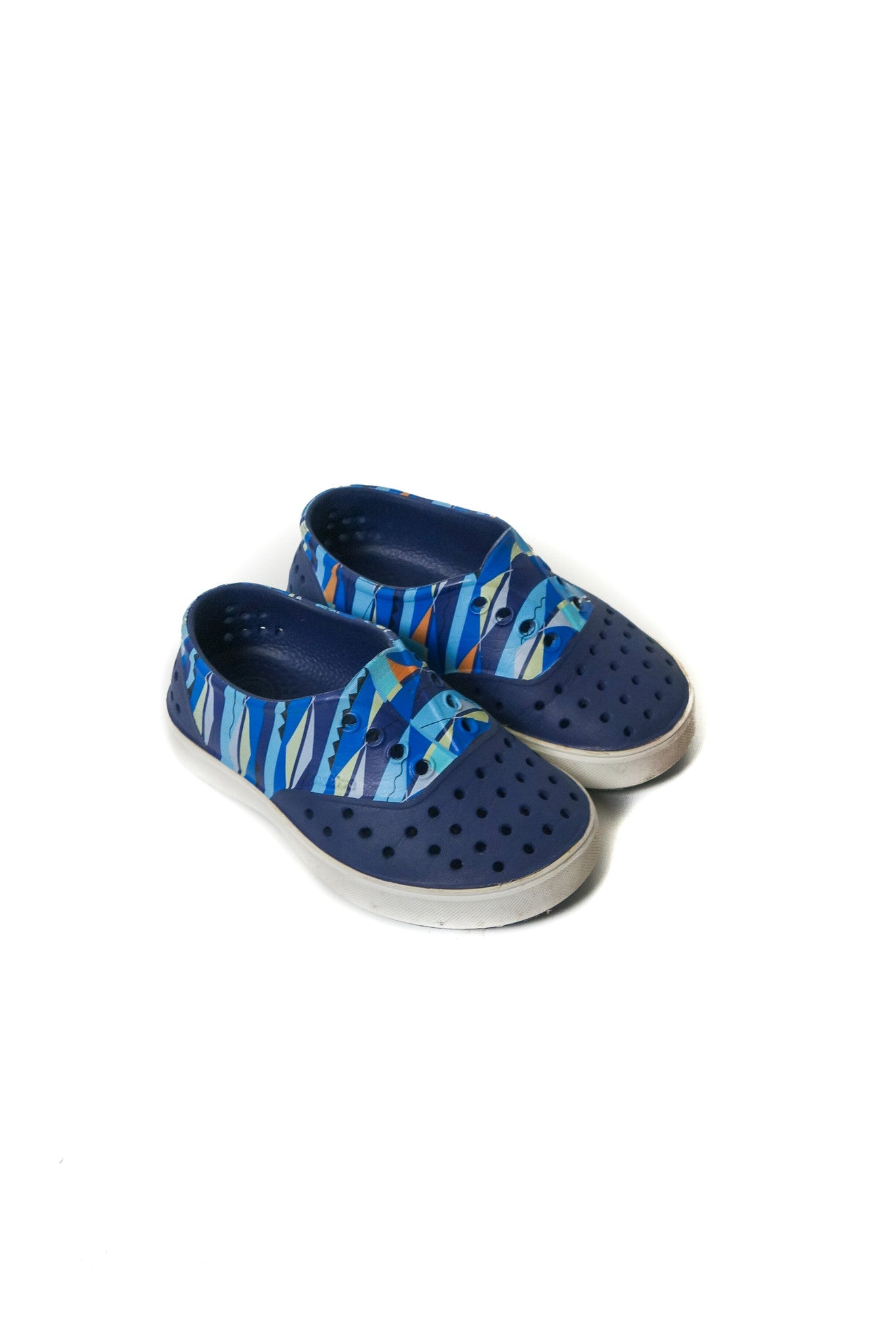 10002968 Native Shoes Kids~Shoes 3T (US 9) at Retykle