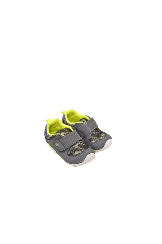 10028014 Stride Rite Baby~Shoes 18M (EU 21.5) at Retykle