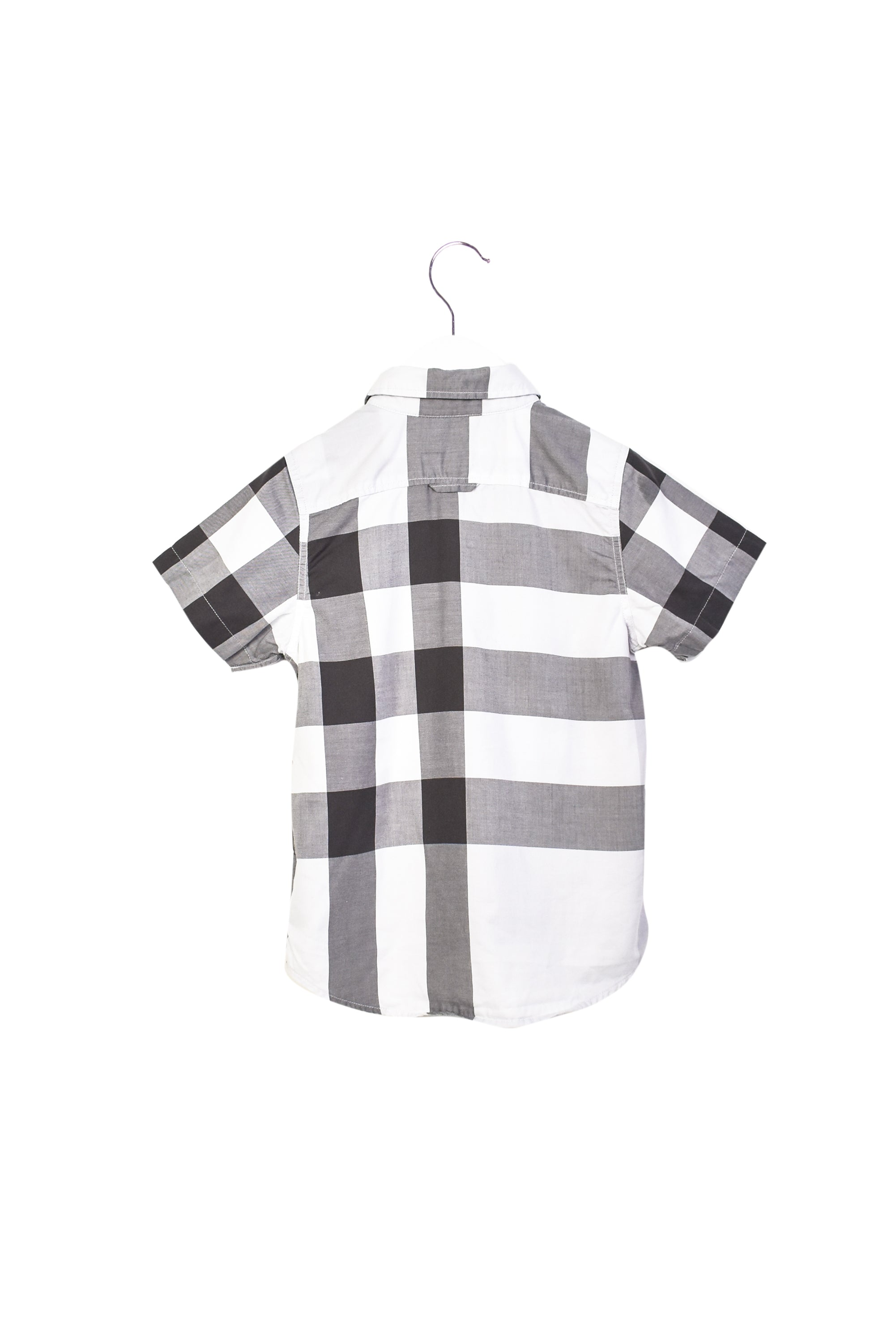 10013099 Burberry Kids~Shirt 5T at Retykle