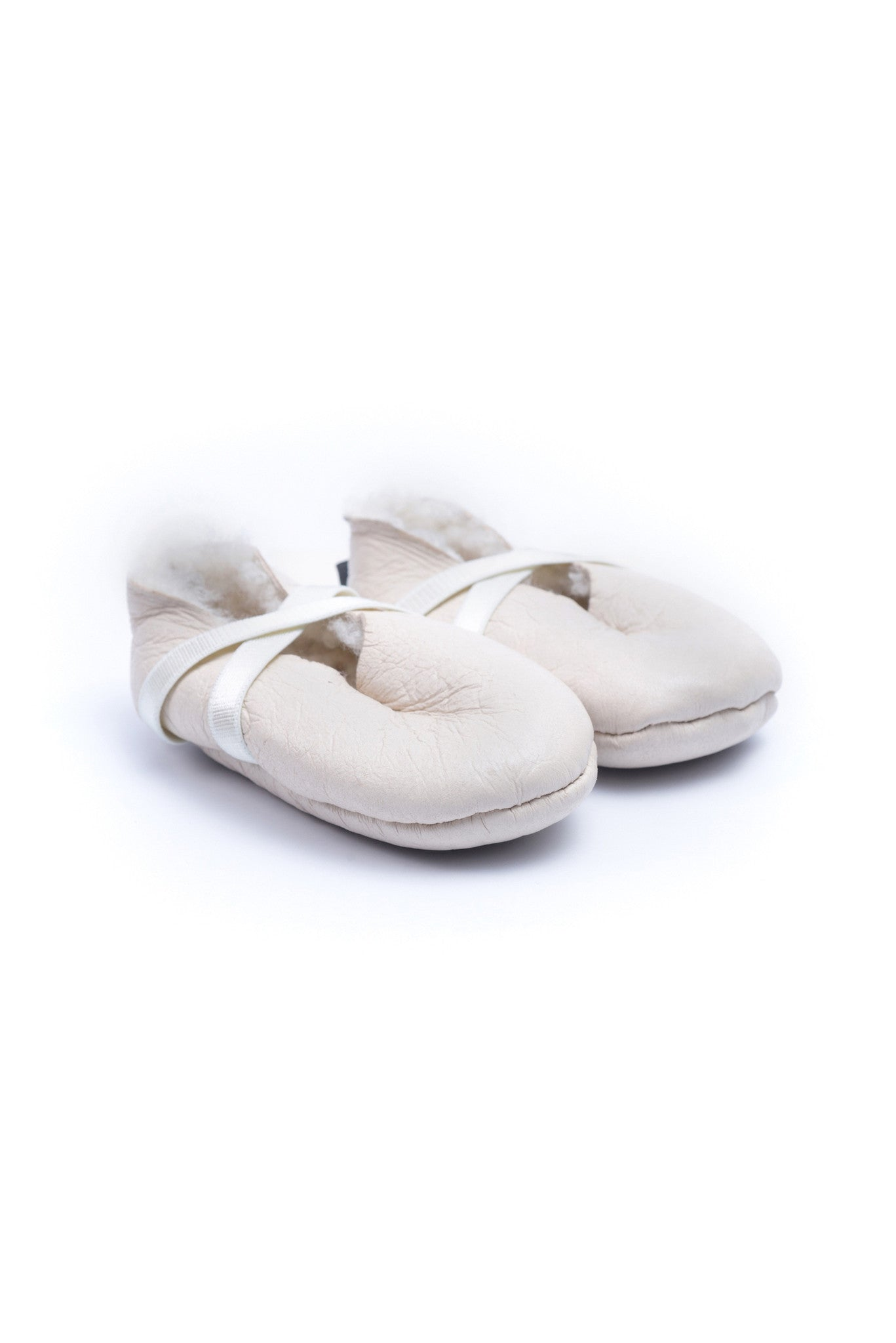 10001034 Kina Baby~Shoes 0-3M at Retykle