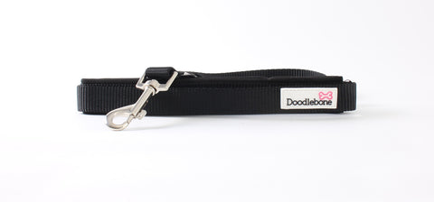 Black Doodlebone Lead