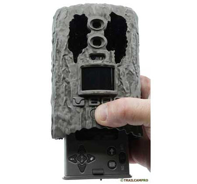 "bog blood moon trail camera battery tray width=""450"" height=""420"""