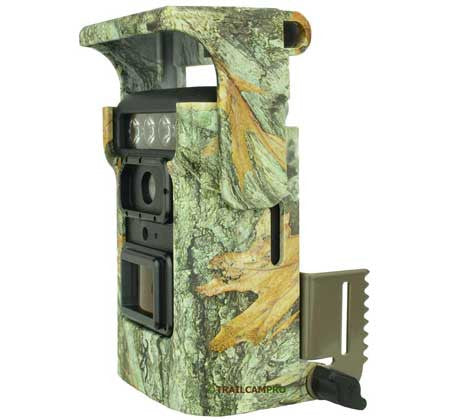 side view of the browning defender 850 wifi trail camera