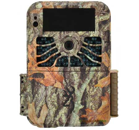 front view of the browning recon force 4k trail camera