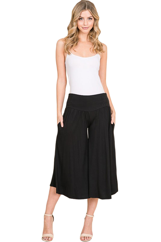 Wide Legged Pants with Side Pockets