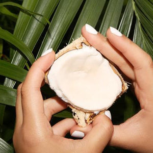 Five Beauty Secrets Of Coconuts
