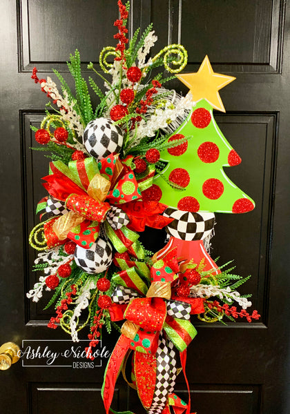 Christmas Tree - Gold Star and Checkered - Wreath
