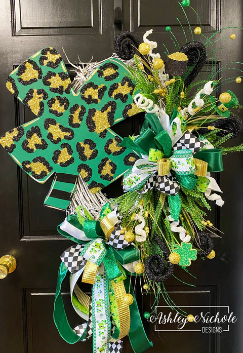 Four Leaf Clover Leopard Wreath