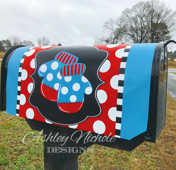 Mittens Vinyl Mailbox Cover