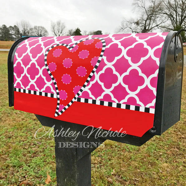 Funky Valentine Heart Mailbox Cover