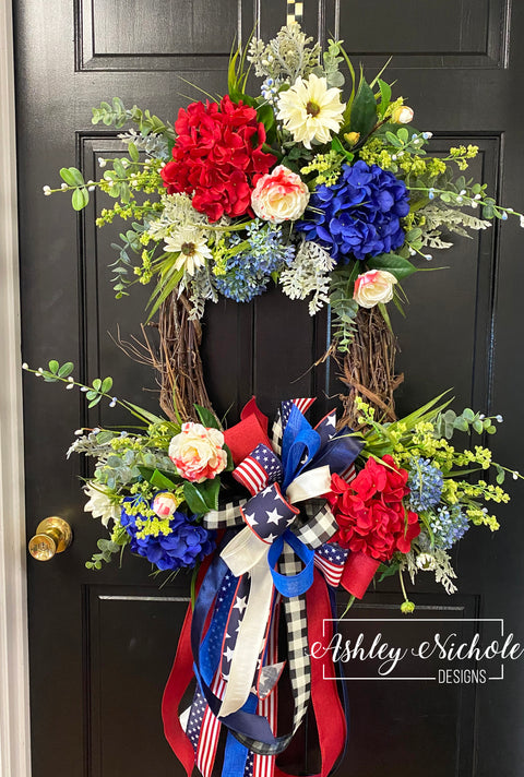 Patriotic Bouquet OVAL Floral Wreath