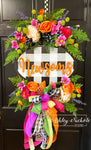 Spring Bouquet Oval Floral Wreath With Buffalo Check Plaque (ORANGE)