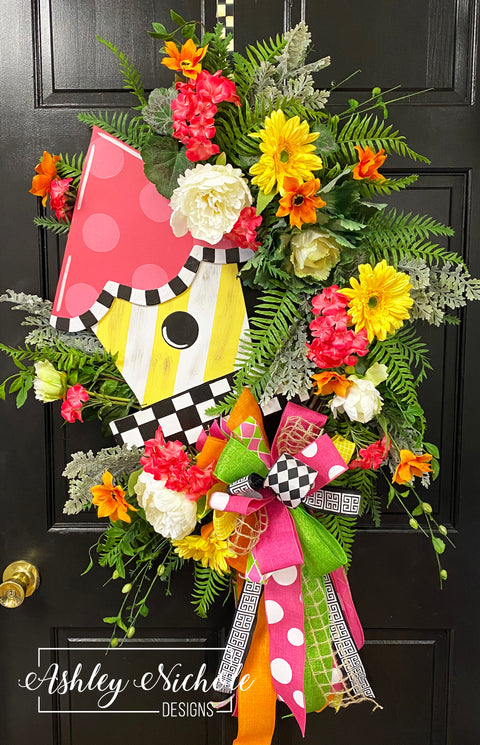 Birdhouse - Colorful - Checkered - Wreath - PINK