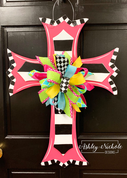 Scalloped Cross-Layered-Stripe-Door Hanger