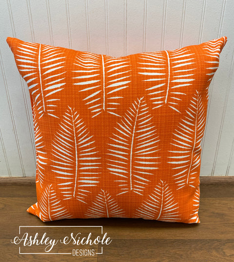 "18"" Outdoor Pillow Breeze Marmalade Luxe"