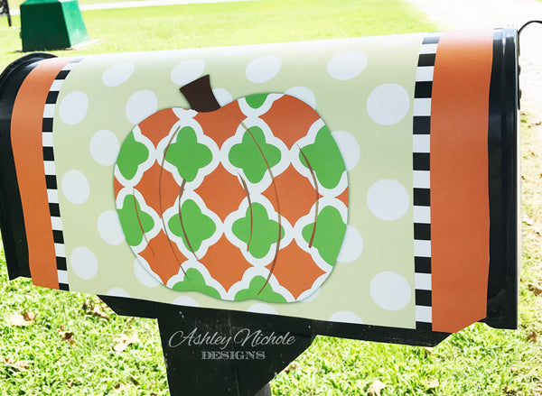 Quatrefoil Pumpkin - Green Combo - Fall Mailbox Cover