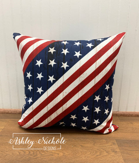 "18"" Outdoor Pillow-American Flag Design"