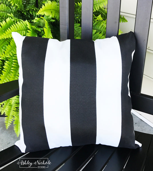 "18"" Outdoor Pillow-Stripe Black and White"
