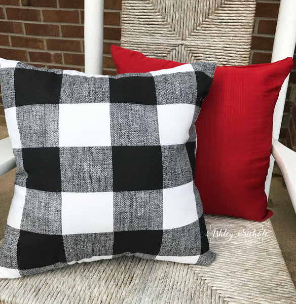 "18"" Outdoor Pillow-Black & White Buffalo Check"
