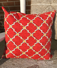 "18"" Outdoor Pillow-Red and Gold Quatrefoil"