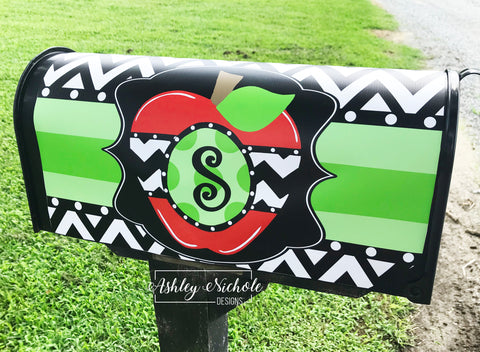 Initial Apple Vinyl - Magnetic Mailbox Cover