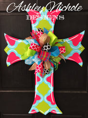 Scalloped Cross-Quatrefoil-Door Hanger