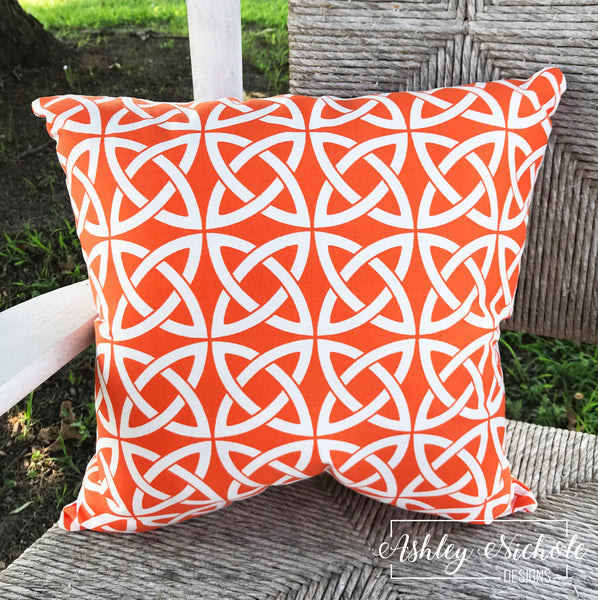 "18"" Outdoor Pillow-Linked in Orange"