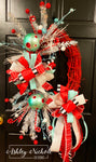 Retro Red, Silver and Turquoise Christmas Wreath - Oval